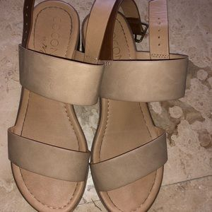 Tan Chunky heels